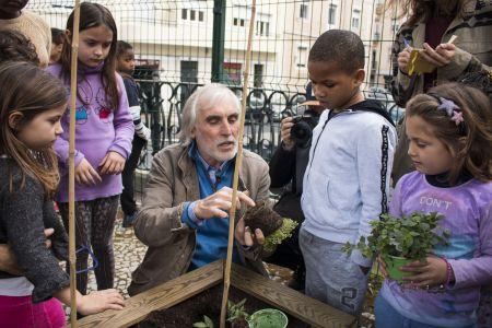 Mariano Bueno mostrou aos alunos várias técnicas do cultivo orgânico.