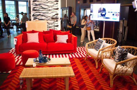 A IKEA mobilou o cinema São Jorge, em Lisboa, com peças da nova coleção.
