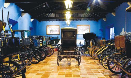 Museu-coleção particular de arreios e atrelagens.