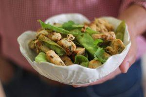 frango com gengibre, lima e ervilhas